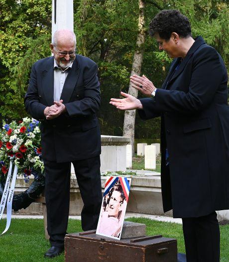 Honderdste graf in Overloon krijgt gezicht