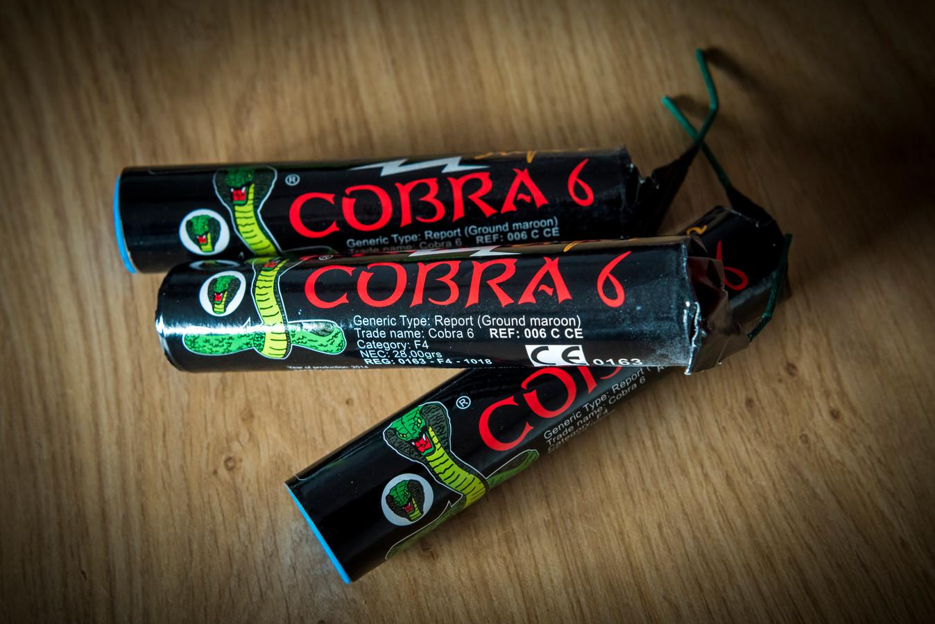 De cobra 6,  met een explosiekracht die vergelijkbaar is volgens justitie met een handgranaat.
