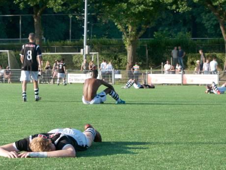 In beeld: Vreugde en verdriet bij de Arnhemse clubs in de nacompetitie