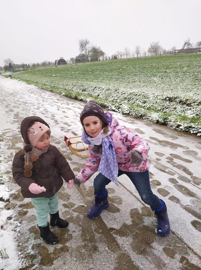 Zalig genieten in de sneeuw.