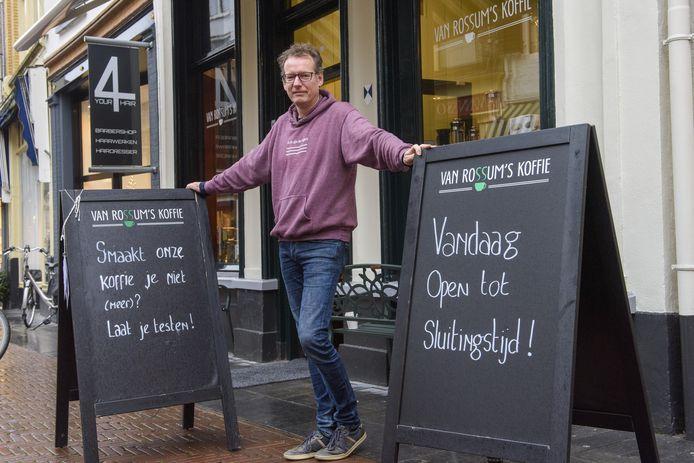 Jeroen Jansen gaat de nieuwe vestiging aan de Schupstoel samen met Aukje van Rossum opzetten. Jansen blijft zijn uren maken in de huidige vestiging aan de Turfstraat.