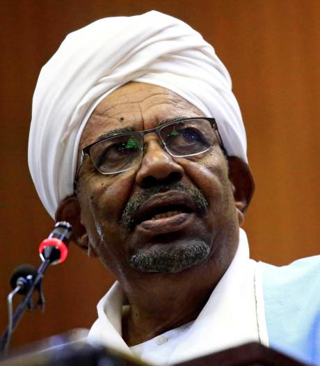 Afgezette Soedanese president Bashir aangeklaagd voor fraude