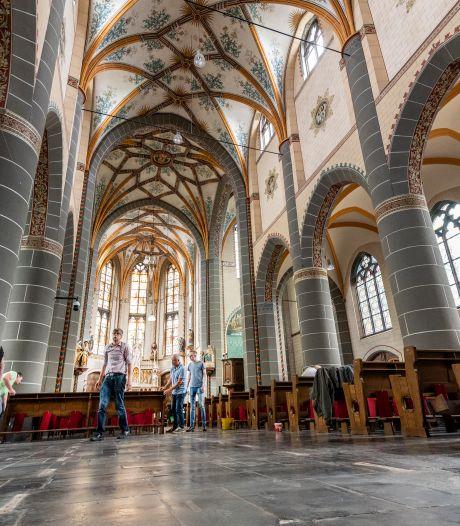 Heer van Geffen en andere lokale adel blijven nog even verborgen onder Geffense kerkvloer