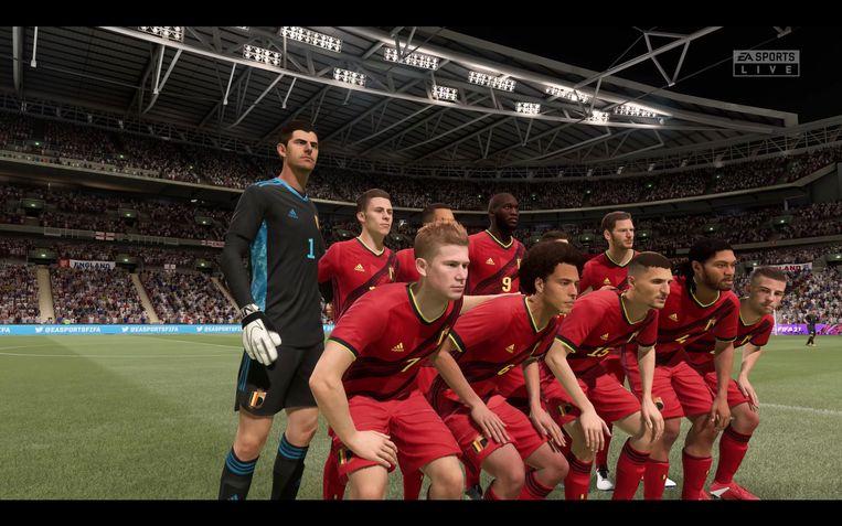 De Belgische eDevils poseren voor de aftrap tegen Engeland. Beeld RV