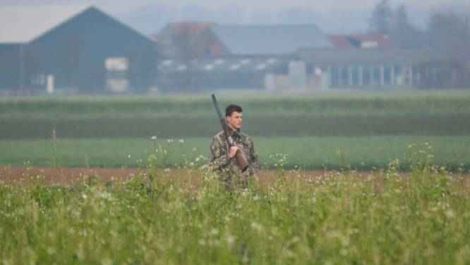 Steeds meer jongeren ontdekken het jagen: 'Het is geen knallen, dat doe je op de schietbaan'