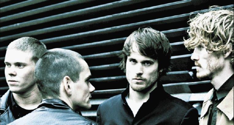 The Mad Trist, met links bassist Luc Hameleers, en tweede van rechts zanger Arthur von Berg. (Trouw) Beeld