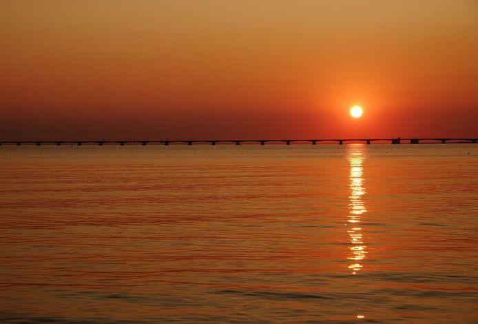 De foto Zonsondergang, gemaakt door Riet de Ronde. Eén van de drie eindwinnaars.
