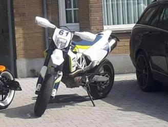 """Dieven stelen motorfiets op klaarlichte dag: """"Een enorme streep door m'n rekening"""""""