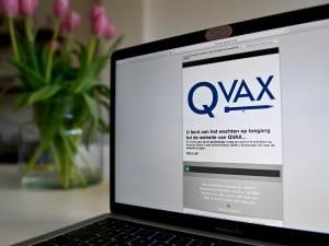 """De nouvelles critiques sur QVAX: """"Une entreprise privée ne peut pas demander votre numéro de registre national"""""""