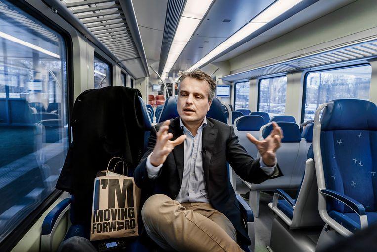 De Nederlandse journalist en antropoloog Joris Luyendijk (46) was vele jaren verslaggever in het Midden-Oosten. Hij werkte van 2011 tot 2015 voor The Guardian. Beeld Eric de Mildt