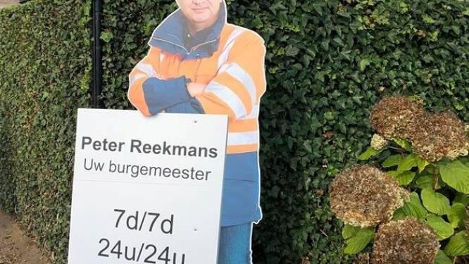 Wie heeft een verkiezingsbord van burgemeester Reekmans gestolen?