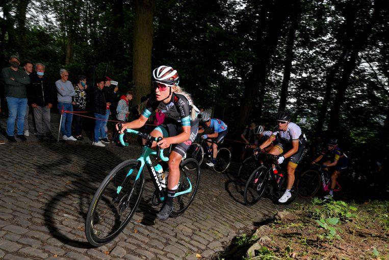 Zigart in actie voor Team BikeExchange: 'Het helpt dat Tadej en ik beide wielrenner zijn. Als één van ons een slechte dag heeft en liever niet zou trainen, is de ander er om je op te peppen.' Beeld Getty Images