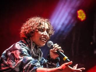 Blu Samu serveert hiphop in een spookjespak