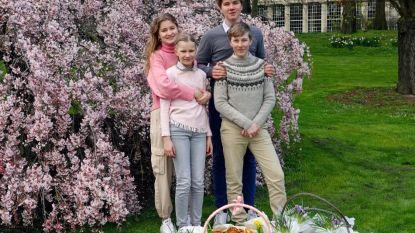 Prinses Elisabeth en haar broers en zus bakken wafels voor rusthuizen
