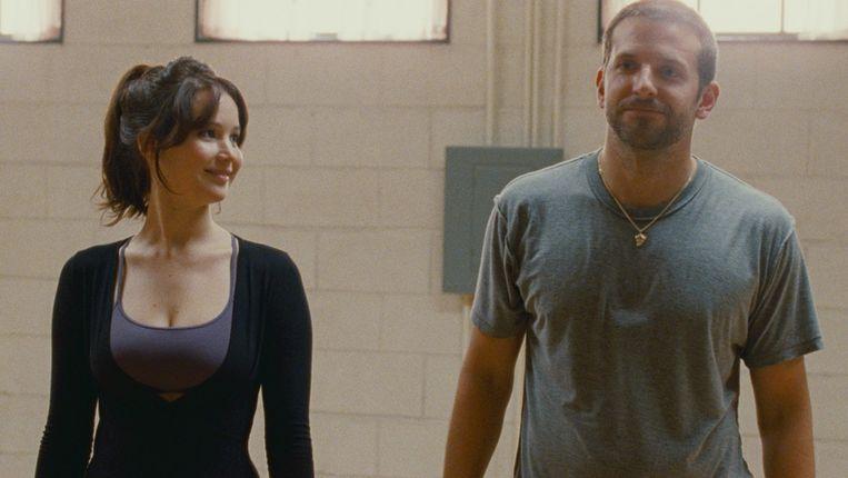 Jennifer Lawrence en Bradley Cooper in Silver Linings Playbook Beeld
