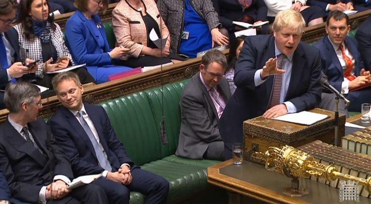 Premier Boris Johnson spreekt het Lagerhuis op 11 februari toe over de tweede Hogesnelheidslijn (HS2) naar het Noorden. Beeld AFP