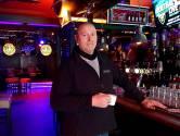 Straf voor te druk feestcafé ging te ver, maar burgemeester Van Midden houdt vol: 'Was een middelvinger naar de zorg'