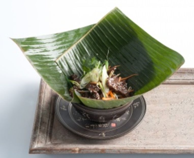 thaise-salade-met-sesambeef-en-chilisaus.jpg