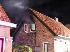 Nachtelijke brand verwoest slaapkamer van woning in Dieren
