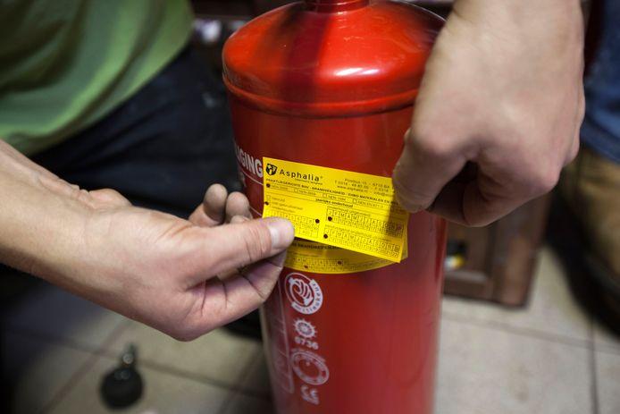 De meeste overtredingen hadden te maken met brandveiligheid. In sommige gevallen was de brandblusser niet goed gekeurd.