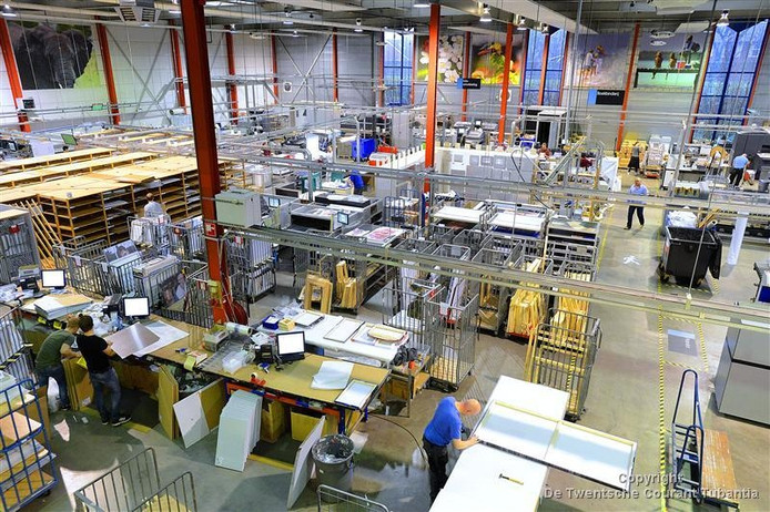 Waarschijnlijk verhuist de productieafdeling van Webprint naar Belgie.