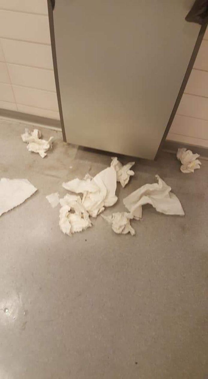 Toilettes hôpital Civil Marie Curie