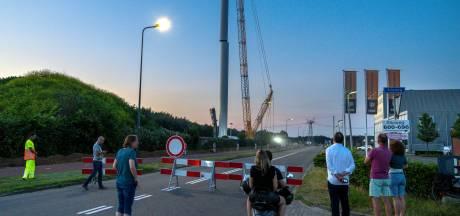 Terwijl nieuwe Bossche windmolen wordt opgebouwd, stapt comité Windpark NEE naar de rechter