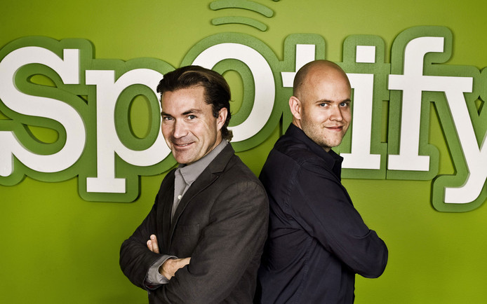 Spotify-oprichters Martin Lorentzon en Daniel Ek. Beide Zweden startten de muziekstreamingdienst in 2006. Ek is ook ceo.