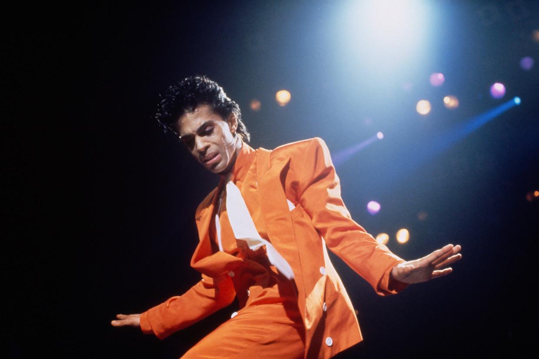 Prince in augustus 1986.Op geen enkele van zijn platen had hij zich al zo veelzijdig getoond als op 'Sign o' the Times'. Beeld Sygma via Getty Images