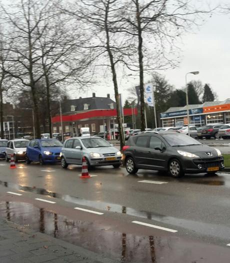 Lange files in Enschede door werkzaamheden aan stoplichten