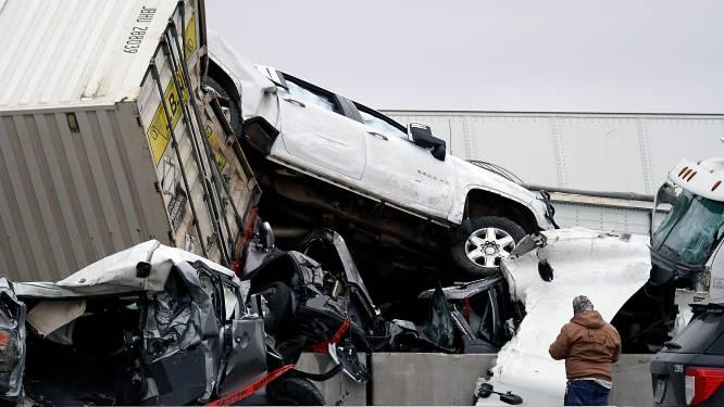 Minstens vijf doden na zware kettingbotsing met ruim honderd voertuigen in Texas