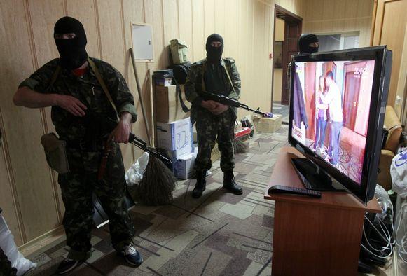 Pro-Russische bezetters in Lugansk.