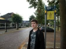 Scholieren de dupe van vakantiedienstregeling, Kas (14) uit Zelhem komt dagelijks te laat op school