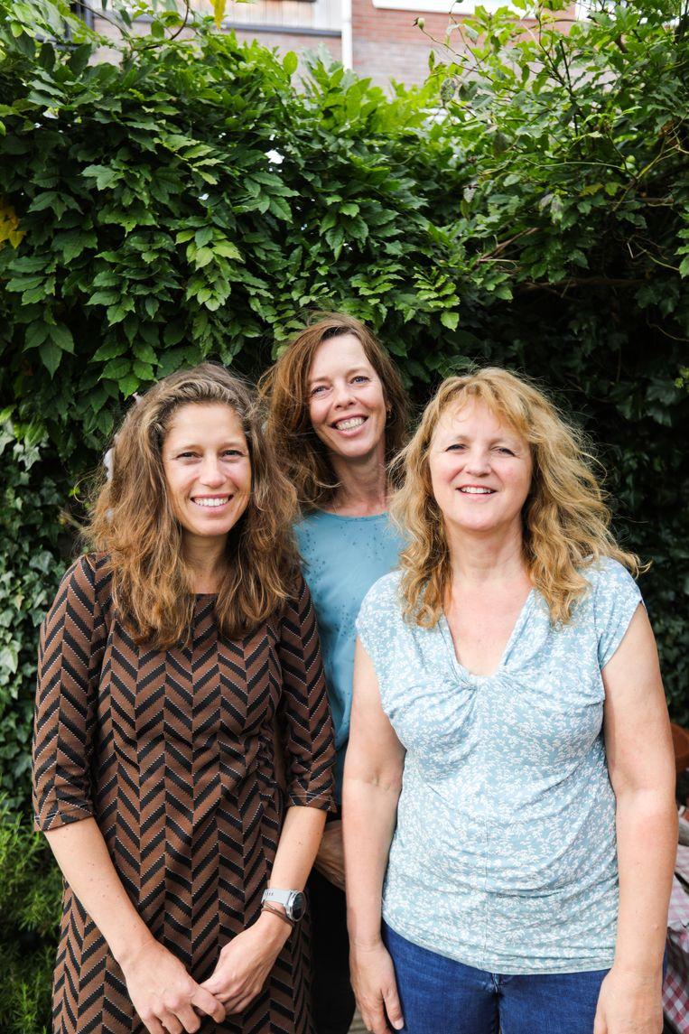 Sylvia van 't Hof, Dorine Tinga en Suzanne Levy  (vlnr). Beeld Eva Plevier