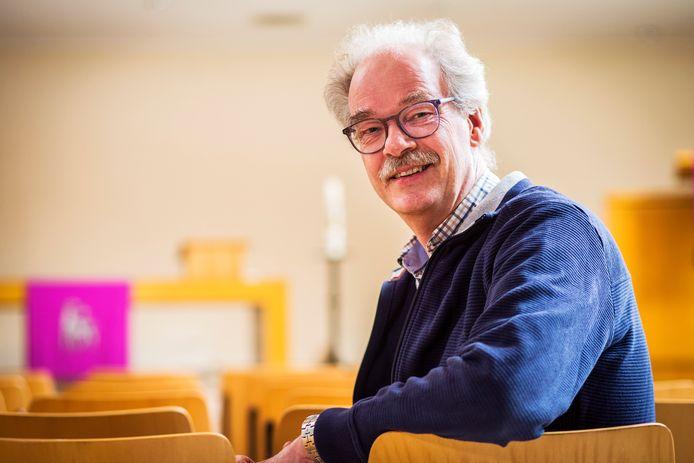 Dominee Henk van Veldhuizen uit Hasselt.