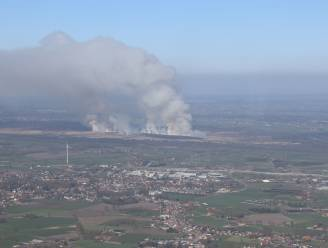 Twee heropflakkeringen natuurbrand in kiem gesmoord, 60-tal brandweermannen blusten hele nacht