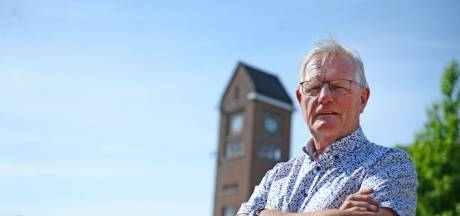 Politieman trouwde in Enschede  'grootste boef van Velve'