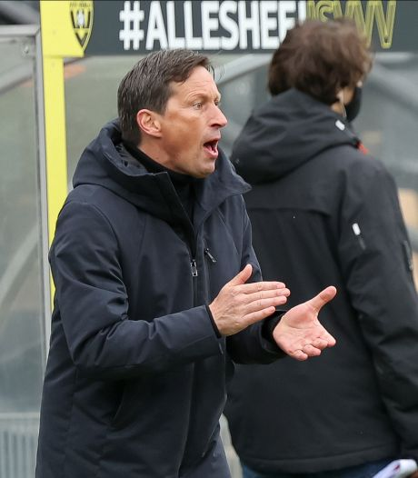'PSV-trainer Roger Schmidt op schaduwlijst bij Eintracht Frankfurt'