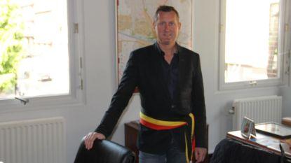 Kurt Windels legt opnieuw de eed af als burgemeester van 'machtigste gemeente'