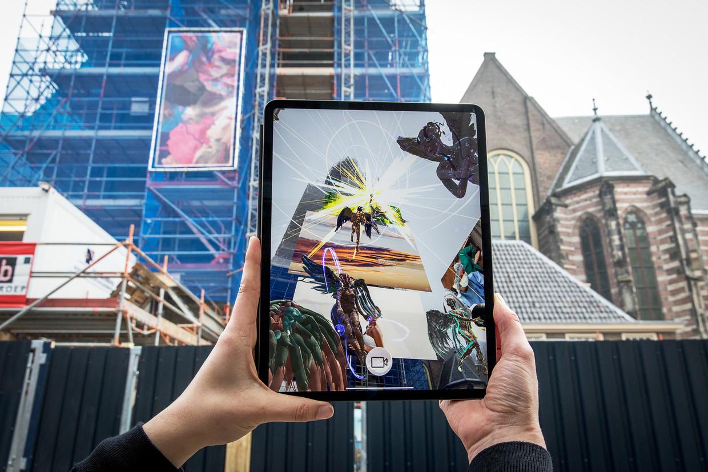 Dennis Rudolph: The 5 Minute Apocalypse, gemaakt voor de Oude Kerk in Amsterdam. Beeld Natascha Libbert
