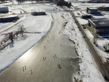 Fotoserie: Twente bindt massaal de schaatsen onder in Winterwonderland
