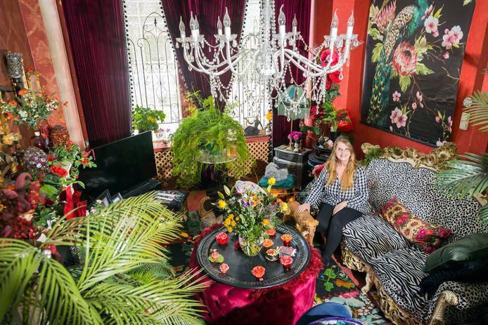 De bonte explosie van kleur en curiositeiten in de woning van Marilu Groeneweg in Schiedam.