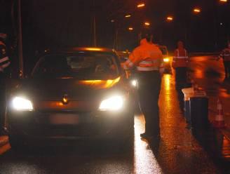 Twee kinderen ontdekt in laadruimte van omgebouwde Audi tijdens verkeerscontrole