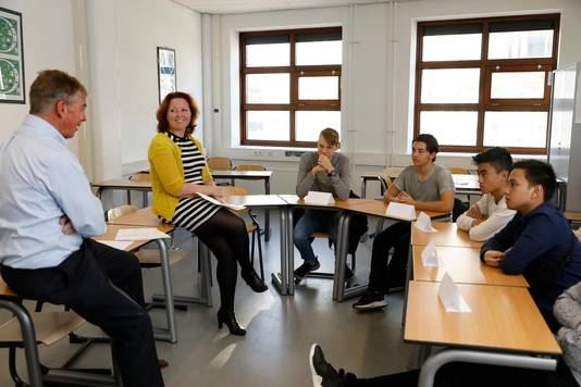 Sollicitatietraining door medewerkers van de Alliance for YOUth aan leerlingen van het ROC Amsterdam College Zuidoost