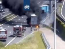 Files door brandende vrachtwagen bij Botlektunnel: rijbanen eind van de middag weer vrijgegeven