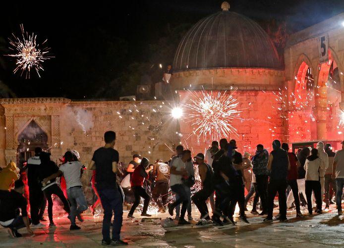 Gewelddadige confrontaties tussen Palestijnen en de Israëlische politie in Jeruzalem