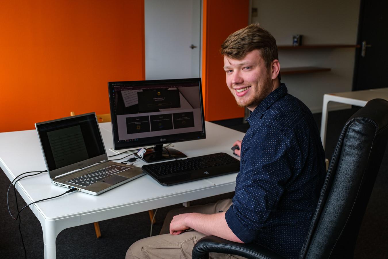 IT'er Bram Vanden Broeck ontwikkelde een gratis afsprakensysteem voor lokale ondernemers.