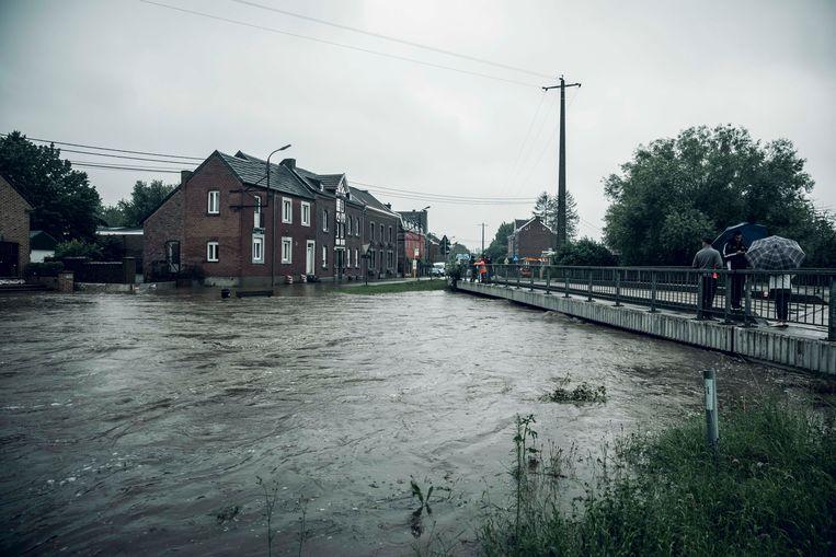 Wateroverlast in Moelingen. Beeld Karolien Coenen