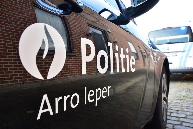 De politie van de zone Arro Ieper legde het feestje stil. Beeld Hans Verbeke