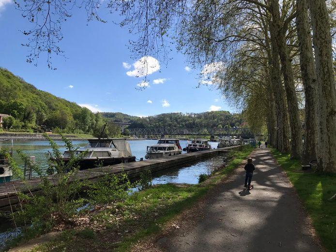 De plaats waar het bootje in Frankrijk ligt.